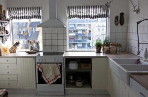 foldegardiner i køkken
